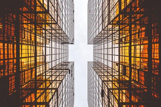 Nieruchomości – efektywne zarządzanie komercyjnymi budynkami