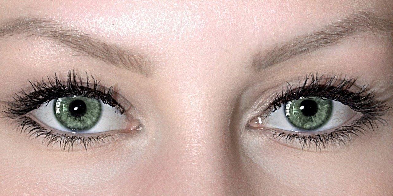 Czy można stosować soczewki kontaktowe przy infekcji oka?